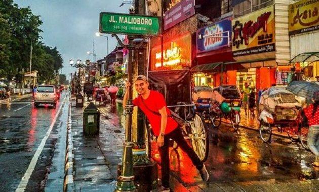 """Ada yang Baru di Jalan Malioboro, Para """"Fakir Wifi"""" Pasti Betah Berlama-lama di Jogja"""