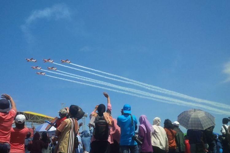 Ribuan Warga Menghadiri Penutupan Jogja International Air Show